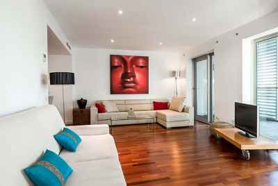 Apartment with touristic license in Barcelona close to the beach